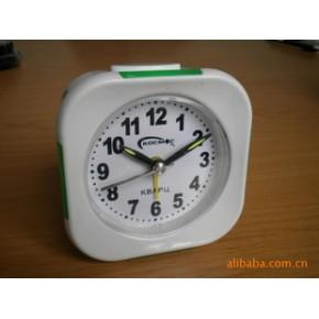长期供应各式优质小闹钟,挂钟,机芯