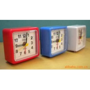 长期供应各式优质小闹钟,挂钟,机芯等