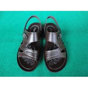 2011新款夏季男士凉鞋/男士真皮沙滩鞋/男式休闲凉鞋/货号B02