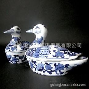 多种款式高品质陶瓷家居饰品
