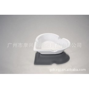 多种款式高品质陶瓷心形烟缸