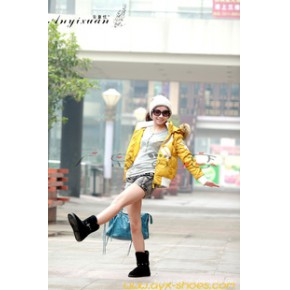 2011冬季新款 广岛之恋安意炫 条带牛绒款雪地靴 L-8