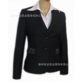 收身短装 单排钮 时尚大方西装外套