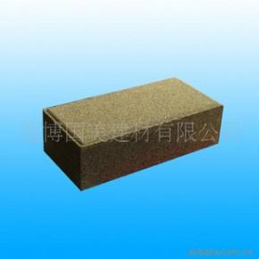 透水砖防滑、高强度、抗寒、耐风化、降噪、吸音