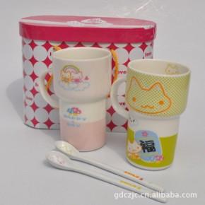【】卡通陶瓷情侣杯 陶瓷对杯 卡通杯 两杯两勺礼盒装