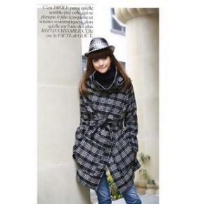 2011秋冬新款利落帅气格子斜搭扣气质羊毛呢大衣外套