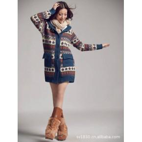 2011韩版女装 甜美可爱带帽雪花房子长款毛衣外套加厚加绒