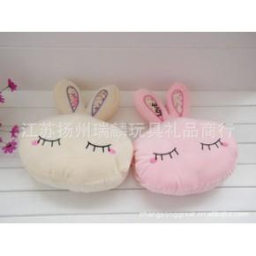秋冬批发 LOVE兔暖手靠垫 靠枕 填充毛绒玩具礼品 5个起