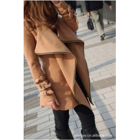 2011秋冬新款韩版热卖风衣机车式羊绒毛呢驼色收腰风衣毛呢外套