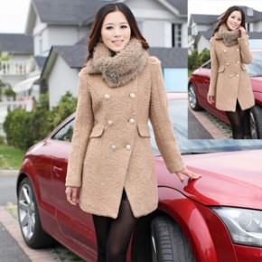 2011冬装新款韩版女装双排扣时尚毛呢大衣  1655