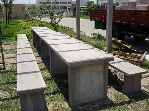 上海水泥仿木桩定做加工