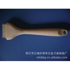 阳江专业生产加工厨房木制品: 扫木柄 材质 榉木 原色光滑无刺