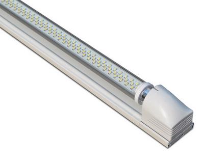 电源:灯管内置隔离驱动电源,ac100-265v宽压供电,性能稳定,功率因数