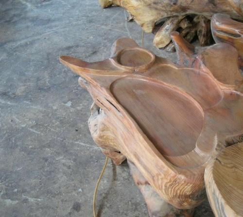 福州好的根雕厂商 拥有精湛的雕刻技术 福州好的木业