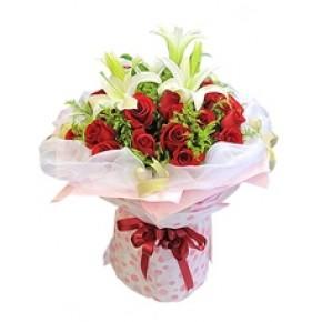 永州花店19支红玫瑰百合花束永州送花