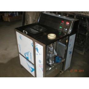 河南桶装水刷桶机 刷桶拔盖机 纯净水洗桶机 刷桶机配件