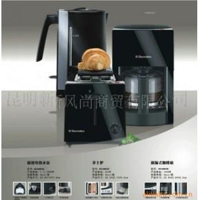 极速电热水壶 2000(W)