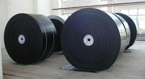 耐磨防滑橡胶输送带,橡胶爬坡输送带