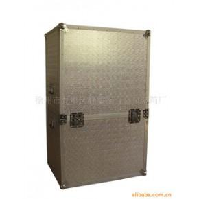铝合金包装工具箱    拉杆