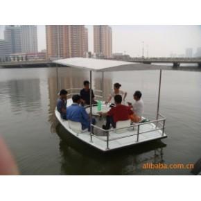 环形围坐六人脚踏螺旋桨式玻璃钢游船