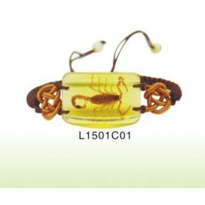 批发出售精美昆虫琥珀工艺品手链L15