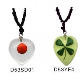 精品琥珀饰品 D53心形红豆真花琥珀吊坠