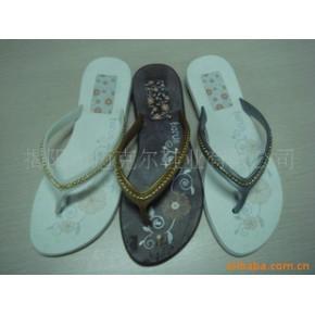 拖鞋 沙滩拖鞋  珠带鞋面 舒适大方