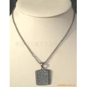 金属项链 人造首饰 镶钻挂件 合金吊坠 钥匙扣 PU编织绳