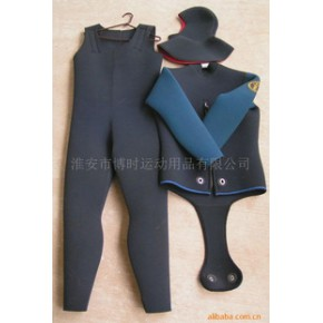 B720  5.5mm 男款组合 湿式潜水衣 neoprene材质