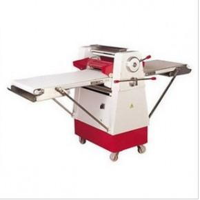 天津立式起酥机 酥皮机,面包厂房设备