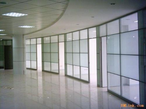 东营隔断墙玻璃隔断型材价格办公室隔断装修效果图第一印象