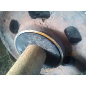 矿车用轮轴防尘内盖