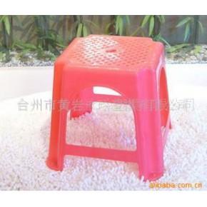 塑料凳模具、塑料模具加工