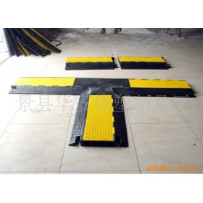 橡胶马道老四槽三通连接橡胶板