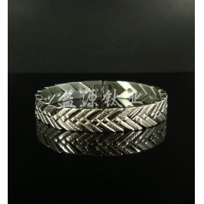订制批发时尚银手链,银手镯等首饰