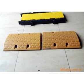 橡胶马道减速带橡胶板 防滑橡胶板