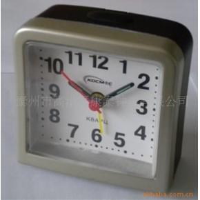 塑料闹钟、金属闹钟、木钟