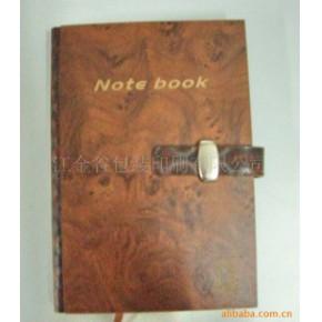 各种纹路的木质板封面笔记本
