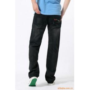 刺绣 磨白 黑色 中腰 直筒 牛仔 男裤