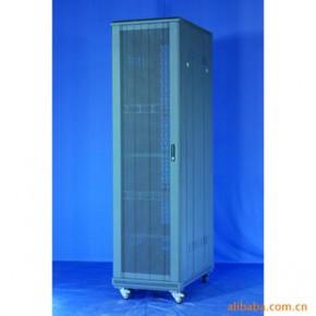 昆明生产网络服务器机柜-豪华板块式波形网孔门42U