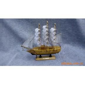 工艺帆船。木制帆船,木船,木制仿古帆船