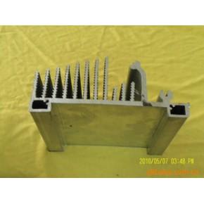 铝合金和大型散热器,以及后续机加工铝制品