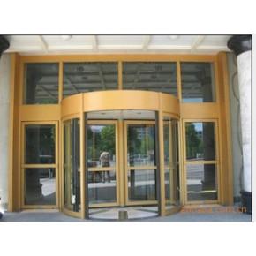 特设空气隔离系统,具节能、防尘、隔热---旋转门