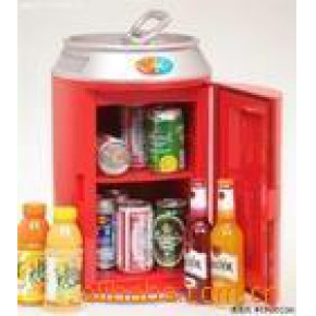 红色企鹅蛋小冰箱化妆品小冰箱迷你车载小冰箱