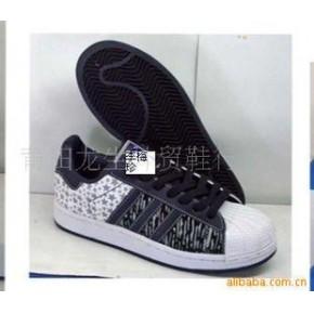 批发供应女休闲运动鞋多种颜色1件起批