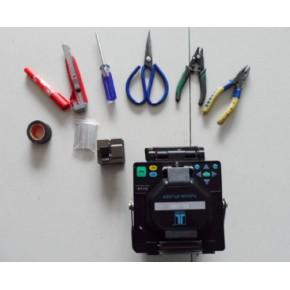 佛山专业光纤熔接 光纤跳线 束状光纤尾纤 挂墙24口终端盒