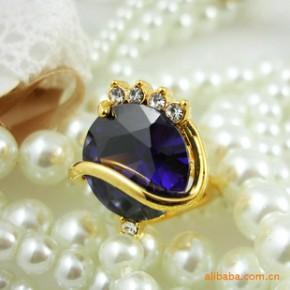 夏季新款 韩国施华洛世奇皇冠水晶戒指 超酷