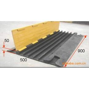 过线桥 耐压线槽 橡胶减速过线桥