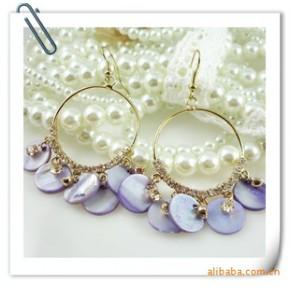 波西米亚风 时尚天然彩色贝壳大耳环 很有范