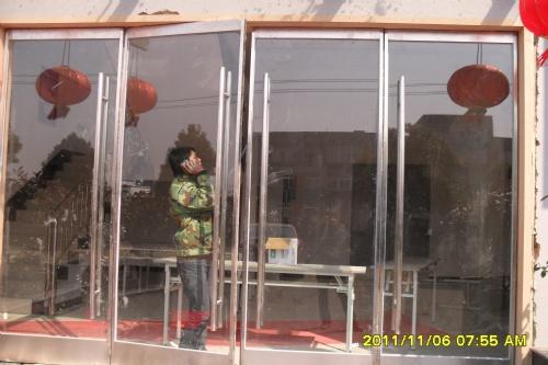 南京不锈钢玻璃门公司
